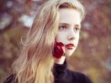 生肖里的玫瑰女孩易刺伤恋人