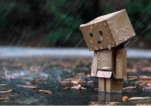 梦见下雨天滑倒有什么寓意