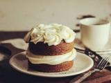 生日蛋糕测看近期谁会给你添堵?